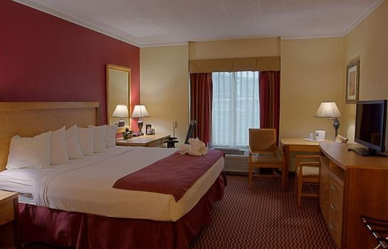 Pokój SureStay Plus Hotel by Best Western Syracuse Airport