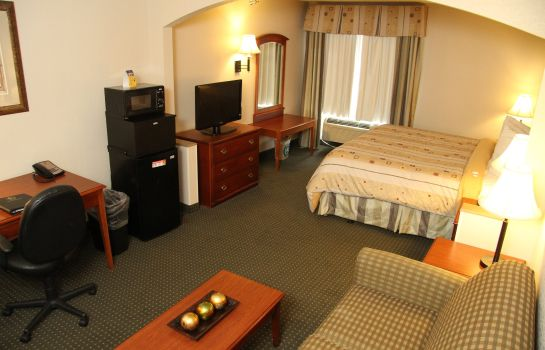 Zimmer BEST WESTERN PLUS SUITES GREEN
