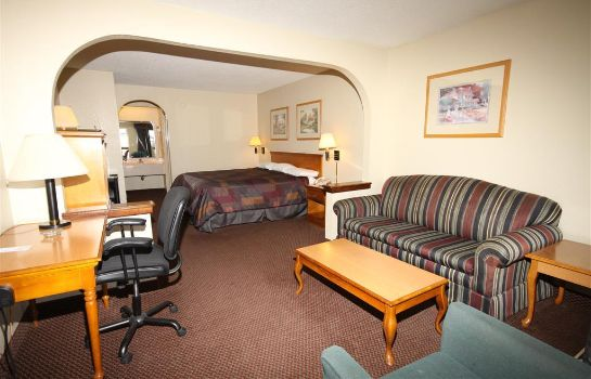 Zimmer GATEWAY INN AND SUITES