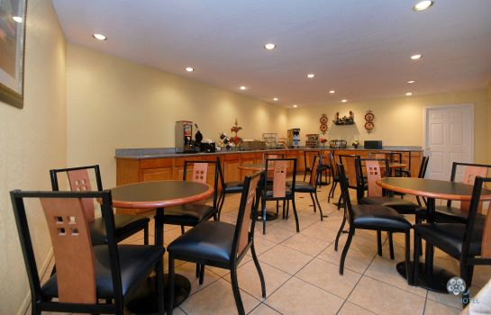 Restaurante Americas Best Value Inn Center