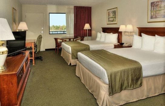 Room MAGNUSON HOTEL ON THE LAKE-CLARKSVILLE