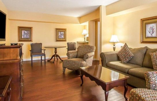 Doppelzimmer Komfort Clarion Inn & Suites University Center