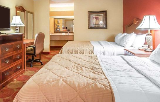 Doppelzimmer Komfort Clarion Inn and Suites University Center