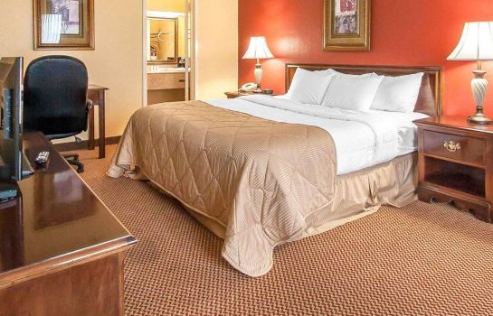 Chambre double (confort) Clarion Inn and Suites University Center