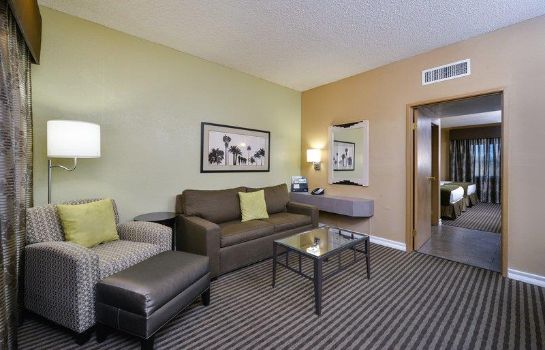 Suite BW ROYAL SUN INN AND SUITES