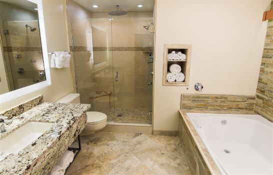 Suite BEST WESTERN PLUS ARROYO ROBLE