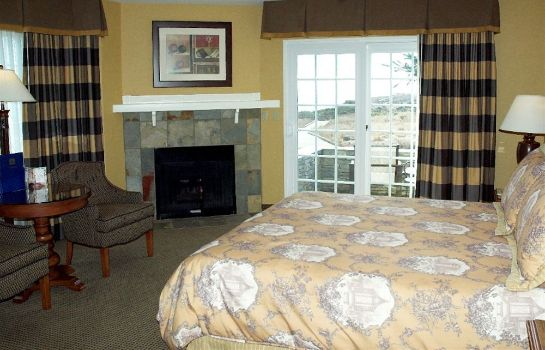 Standard room Fireside Inn on Moonstone Beach