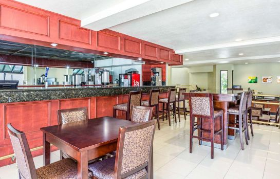 Restaurant Quality Inn and Suites Irvine Spectrum