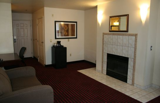 Suite BEST WESTERN PLUS SALINAS VLY