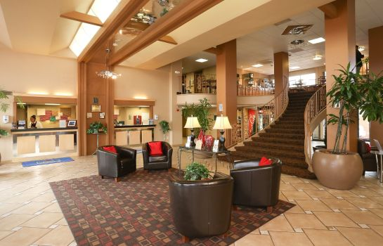 Lobby Quality Inn & Suites Denver Stapleton