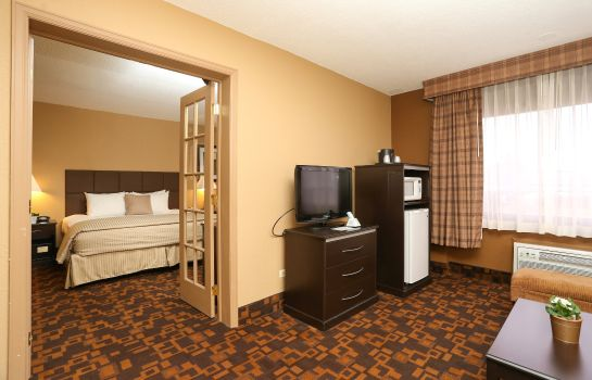 Suite Quality Inn & Suites Denver Stapleton