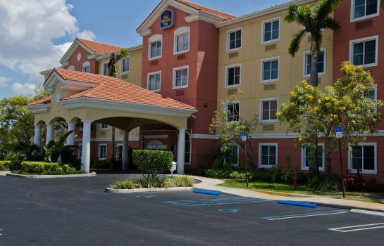 Exterior view BEST WESTERN PLUS MIAMI-DORAL