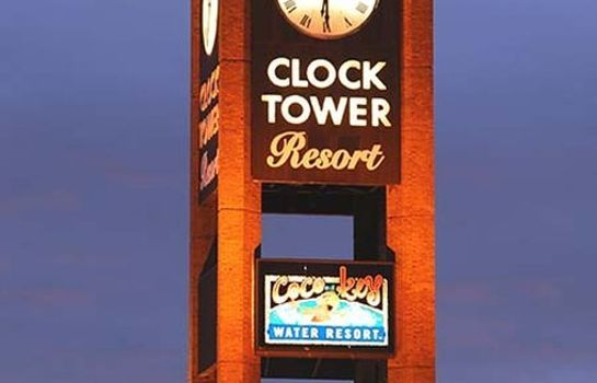 Buitenaanzicht CLOCK TOWER RESORT AND CONFERE