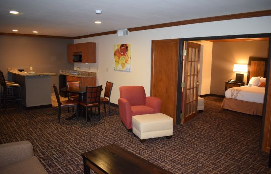 Suite BEST WESTERN WICHITA NORTH