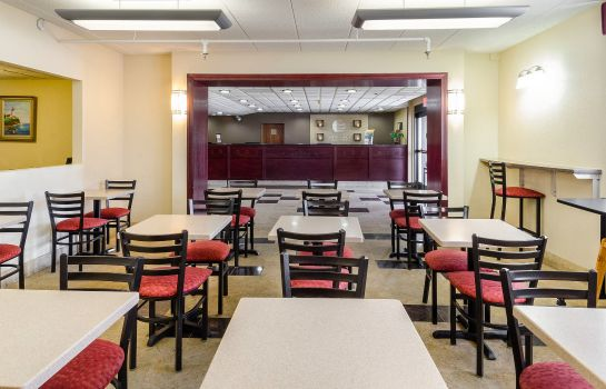 Restaurant Holiday Inn Express FALL RIVER NORTH
