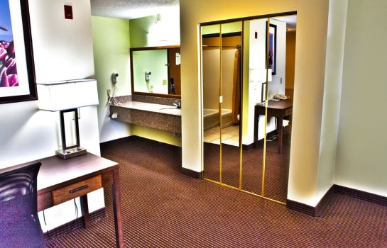 Suite BEST WESTERN PLUS HOLLAND INN