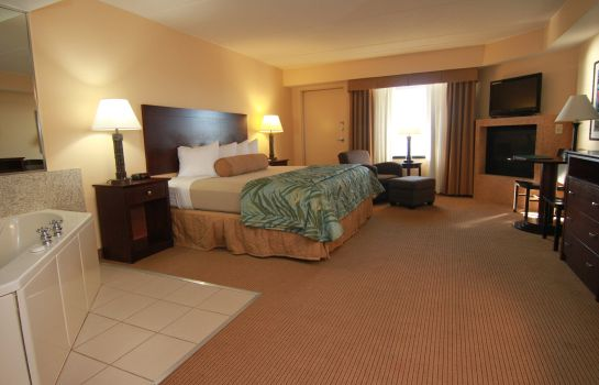 Suite Edgewater Hotel & Waterpark