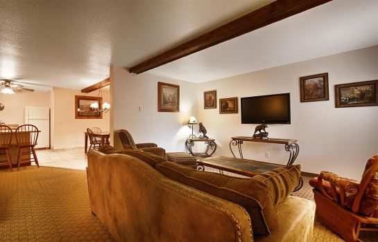 Suite BW BY MAMMOTH HOT SPRINGS