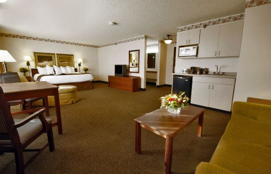 Suite Clubhouse Inn and Suites Billings