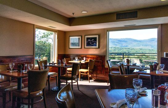 Restaurante Red Jacket Mountain View and Indoor Wate