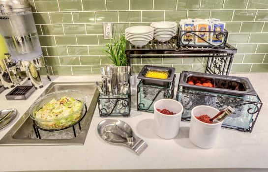 Restaurant Homewood Suites by Hilton Columbus-Polaris OH