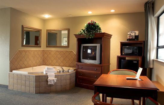 Suite DAYS INN BLACK BEAR