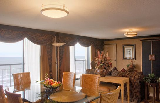 Suite The San Luis Resort