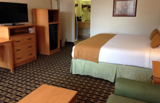 Suite Scottish Inns DeSoto TX