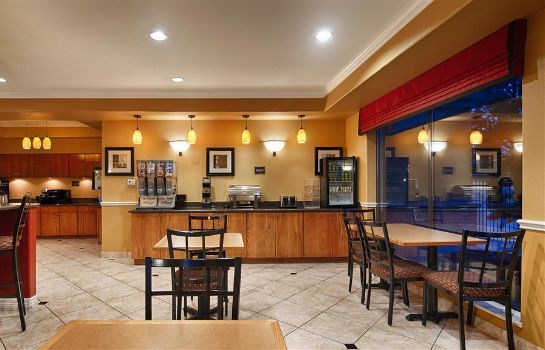 Restaurant BW PLUS NORTH HOUSTON INN STES