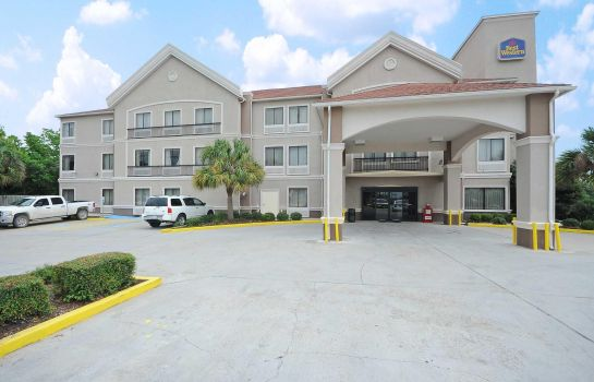 Exterior view BAYMONT INN & SUITES CLUTE