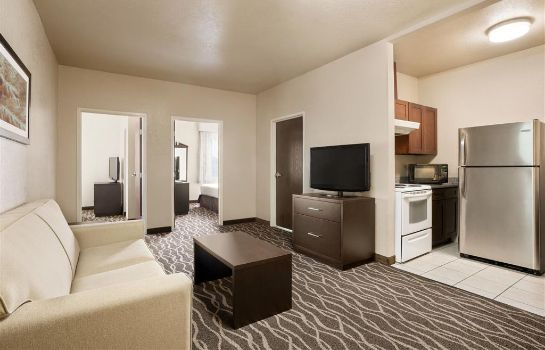 Suite Baymont by Wyndham Clute