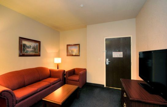 Suite BAYMONT INN & SUITES CLUTE