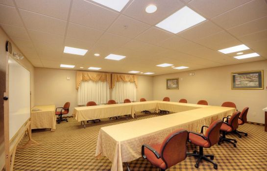 Conference room Baymont by Wyndham Clute Baymont by Wyndham Clute