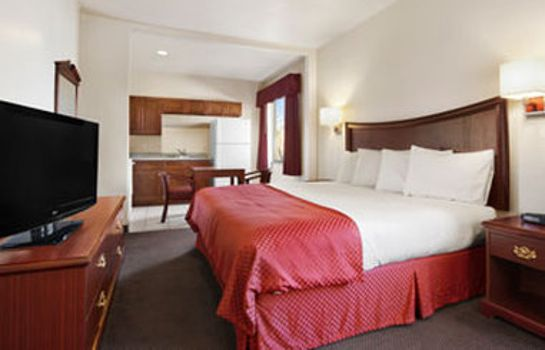 Room BAYMONT SUITES CLUTE