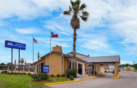 Exterior view Americas Best Value Inn West Columbia