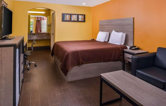 Zimmer Americas Best Value Inn West Columbia