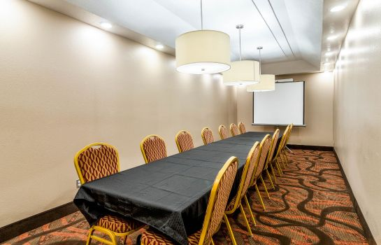 Conference room Quality Inn Buffalo Quality Inn Buffalo
