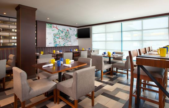 Restaurante Four Points by Sheraton Hotel & Suites San Francisco Airport