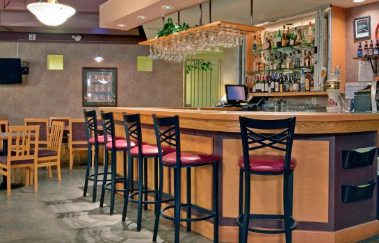 Bar hotelowy Holiday Inn CANMORE