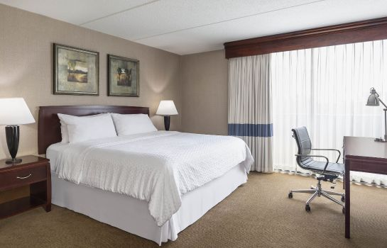 Suite Four Points by Sheraton Chicago O'Hare Airport