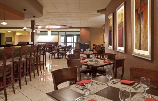 Restauracja Four Points by Sheraton Milwaukee North Shore