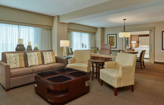 Suite Sheraton Indianapolis Hotel at Keystone Crossing