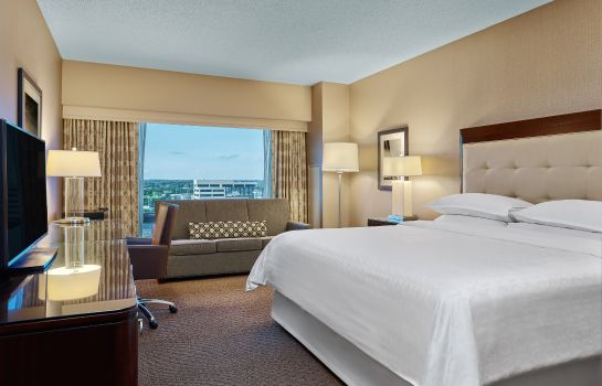 Zimmer Sheraton Indianapolis Hotel at Keystone Crossing