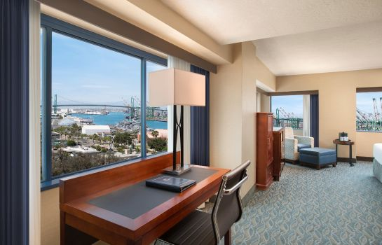 Suite Crowne Plaza LOS ANGELES HARBOR HOTEL
