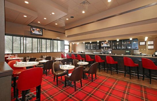Restaurante DoubleTree by Hilton Newark Airport