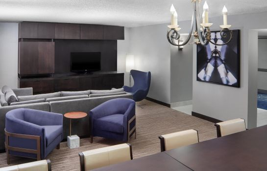 Info DoubleTree by Hilton Newark Airport
