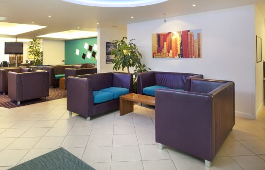 Hotelhalle Holiday Inn Express CAMBRIDGE