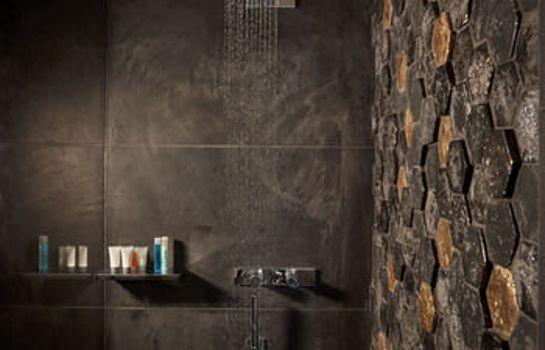 Bathroom Mykonos Kosmoplaz Beach Resort Hotel