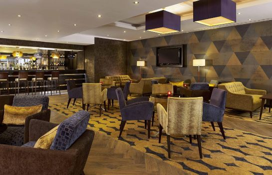 Restaurant DoubleTree by Hilton Woking