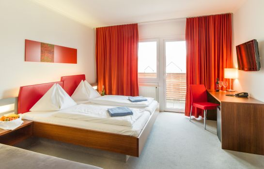 Doppelzimmer Komfort ALL IN RED
